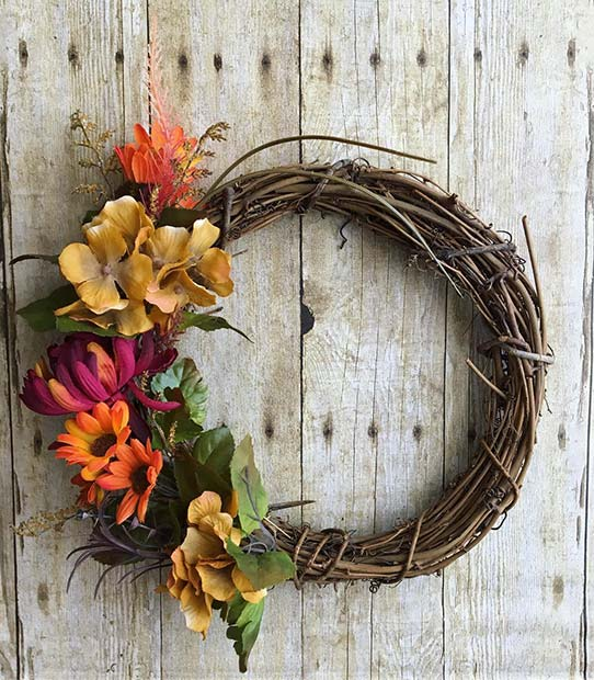 Fall Wreath for Simple and Creative Thanksgiving Decorations