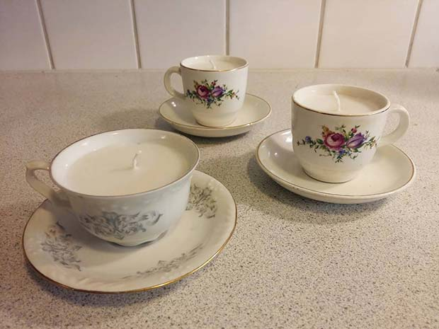 DIY Teacup Candles for DIY Christmas Gift Ideas