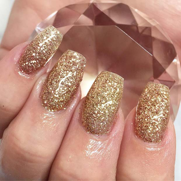 Glam Gold Glitter Nails for Winter Nail Ideas