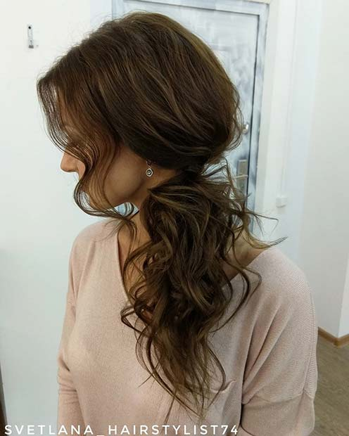 Chic Messy Side Ponytail