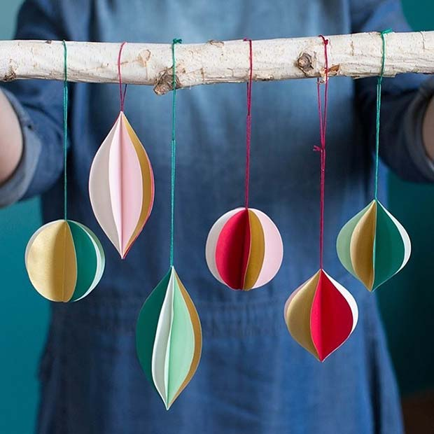 DIY Paper Baubles