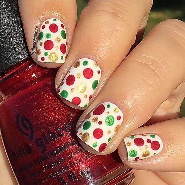 Easy Christmas Polka Dot Nail Design