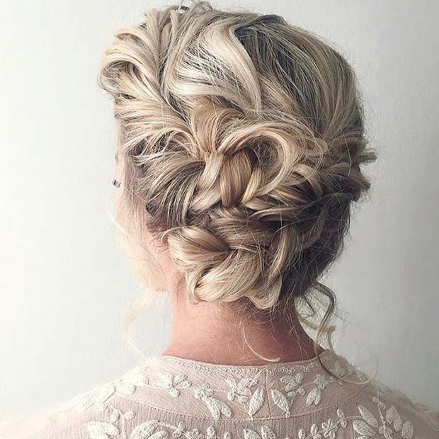 21 Cute Hairstyle Ideas For The Holidays Stayglam