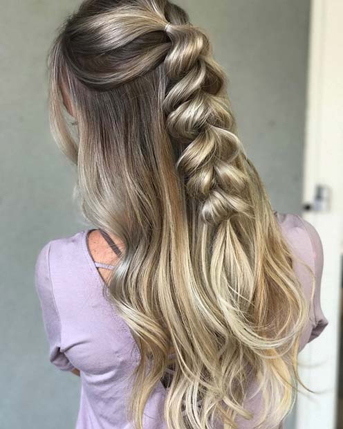15 Latest Half Up Half Down Wedding Hairstyles For Trendy: 21 Cute Hairstyle Ideas For The Holidays