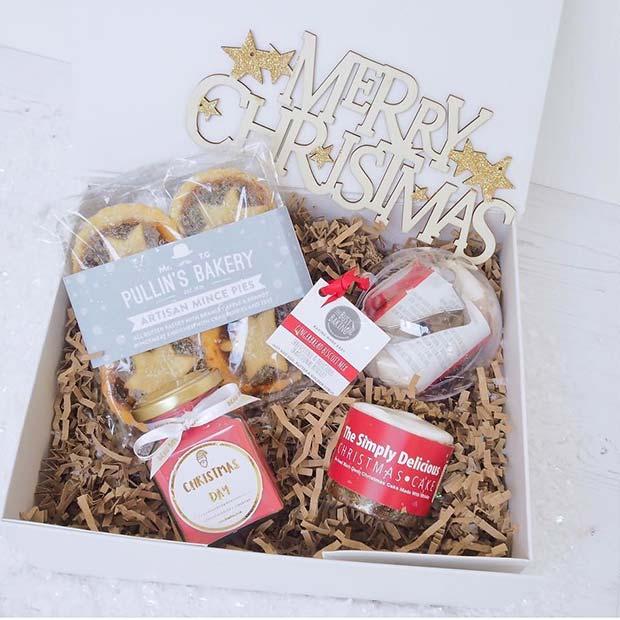 Mince Pies and Christmas Cake Basket