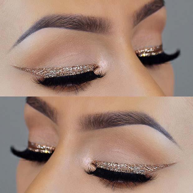 Trendy Gold Glitter Eyeliner
