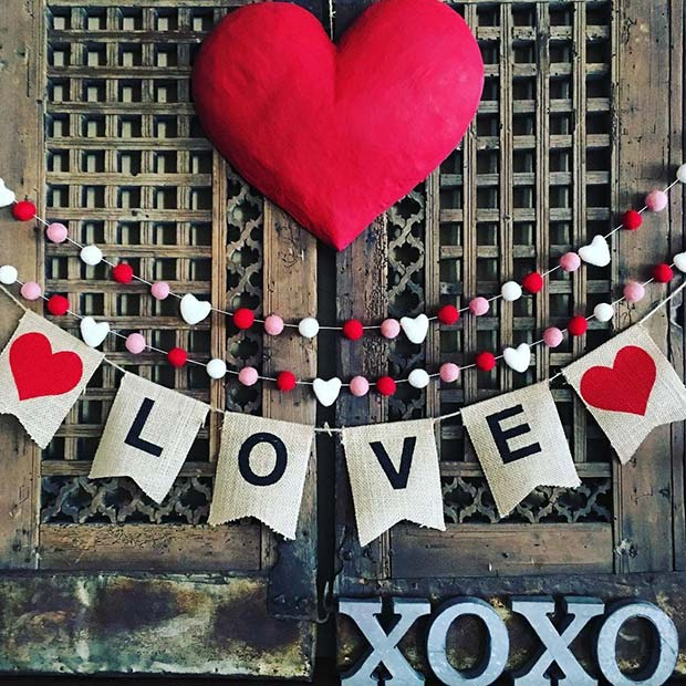Love Garland and Heart Decor Idea