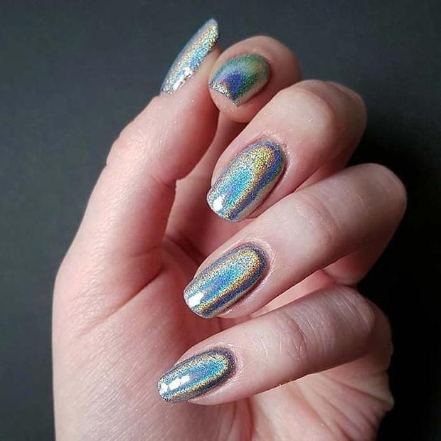 Trendy Silver Metallic Nails