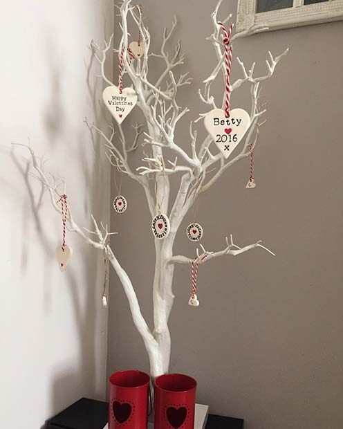 Valentine's Tree Decor Idea