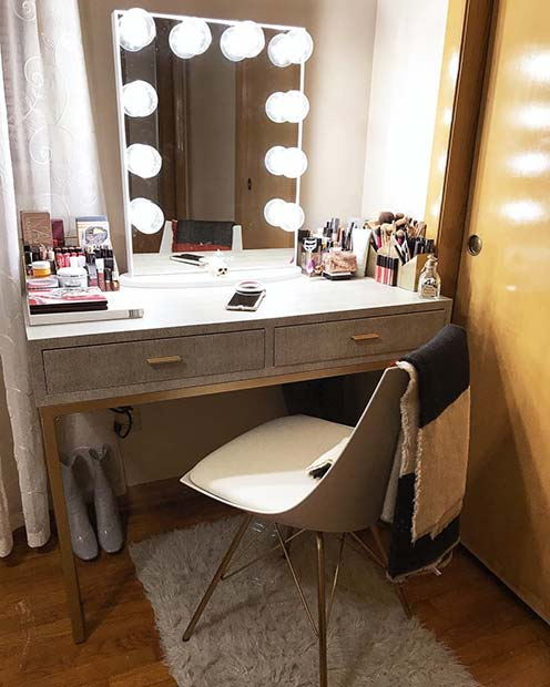 23 Must-Have Makeup Vanity Ideas picture