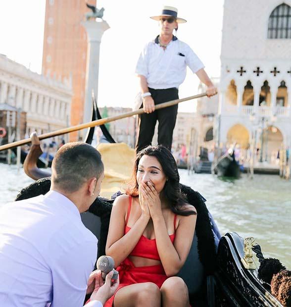 Romantic Gondola Wedding Proposal