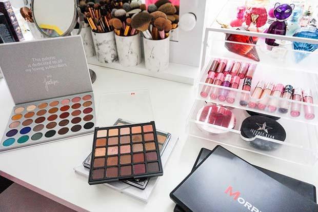 Makeup Vanity Idea