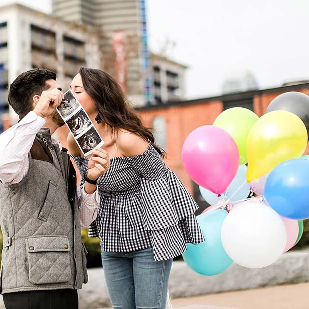 Couple's Photo Shoot with Pastel Balloons