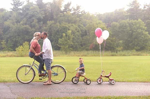 Cute Family Pregnancy Announcement