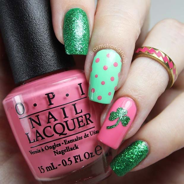 Cute Sparkly St Patrick's Day Nails