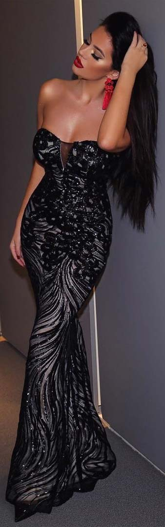 Glamorous Black Sleeveless Prom Dress