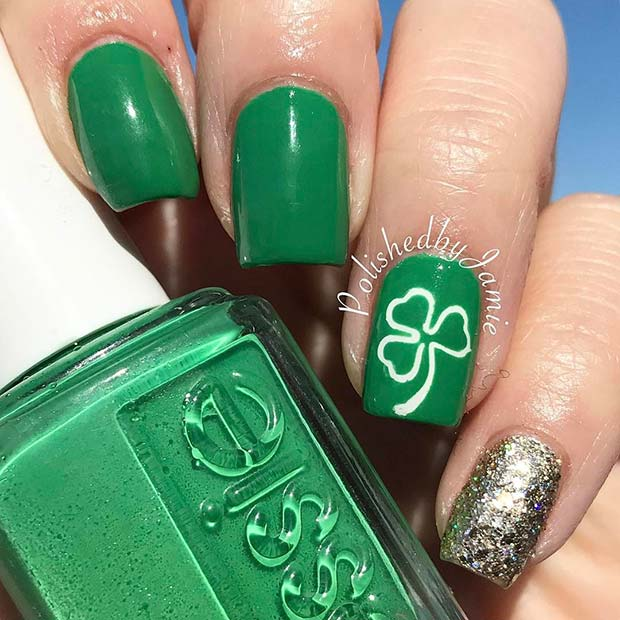 Green Shamrock Nail Design