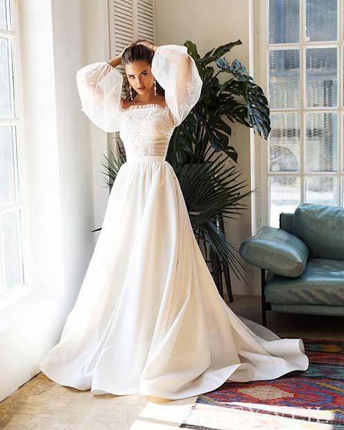 Elegant Traditional Wedding Dress
