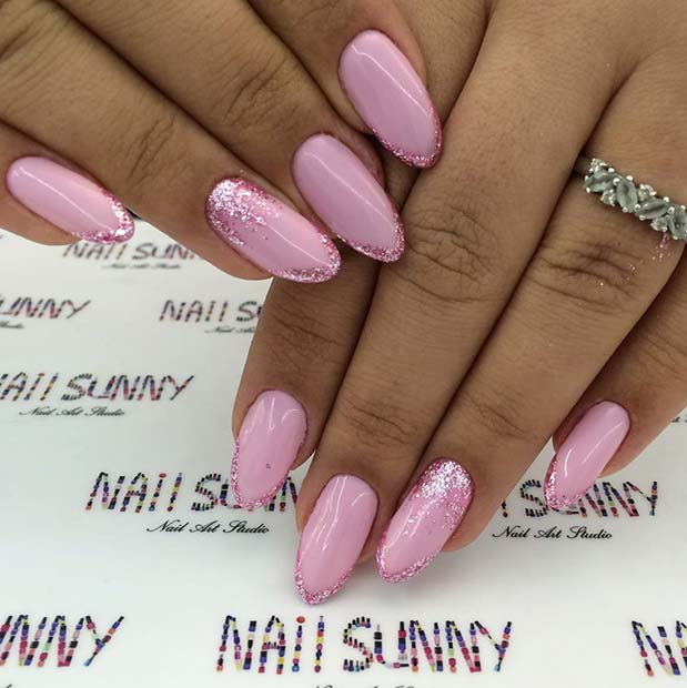 23 Beautiful Prom Nails for Your Big Night