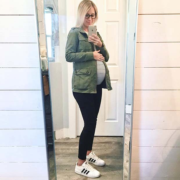 Relaxed Maternity Outfit Idea