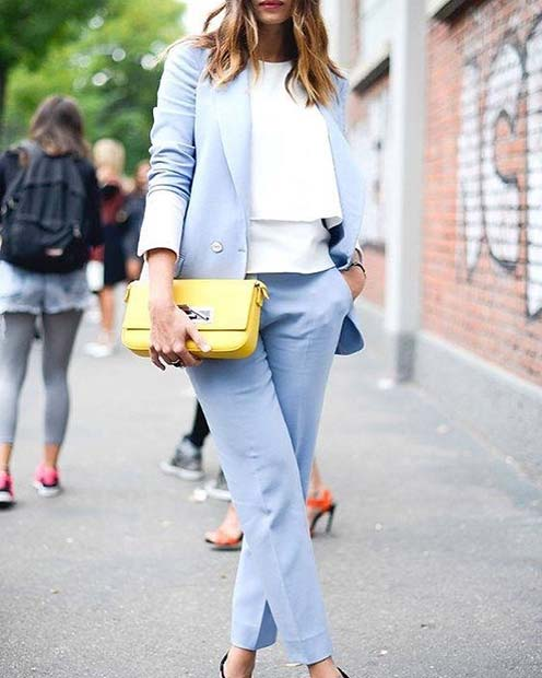 Beautiful Blue Suit Outfit Idea for Work