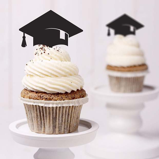 Cute Graduation Party Cupcakes