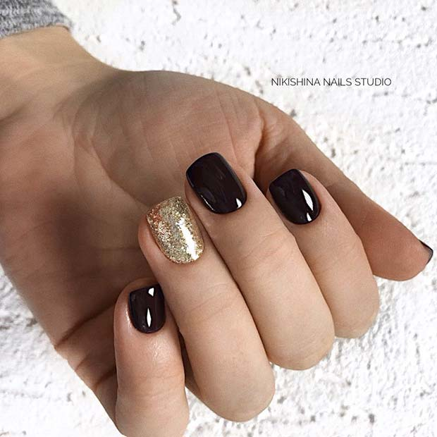 Black Nails with Gold Glitter Accent Nail
