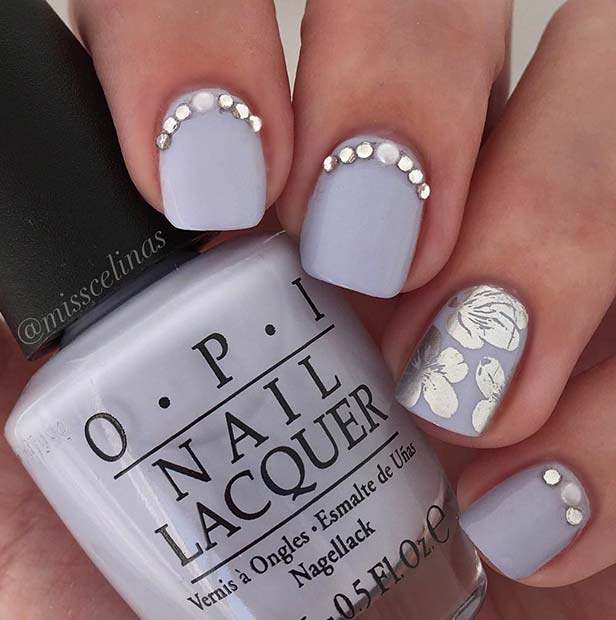 Elegant Grey and Silver Nail Design