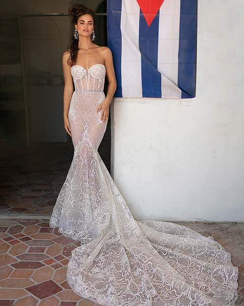 Sexy and Glamorous Wedding Gown