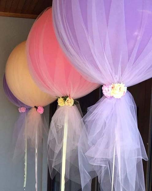 Tulle Balloons for a Bachelorette Party