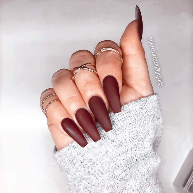 Chic Matte Coffin Brown Nails