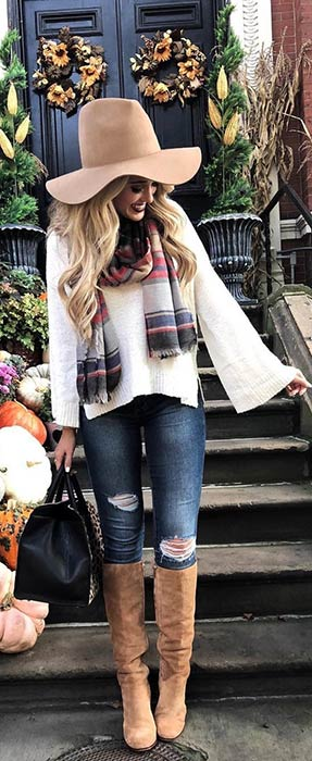 Cute Fall Outfit Idea with Plaid Scarf