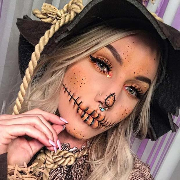 Pretty Scarecrow Makeup Idea for Halloween