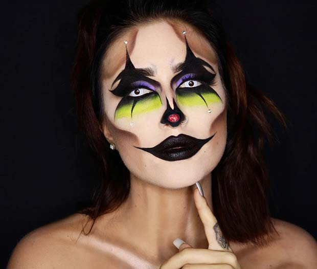 Creepy Clown Makeup for Halloween