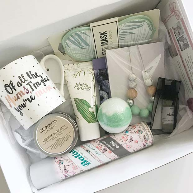 DIY Gift Basket For a Mom-to-Be