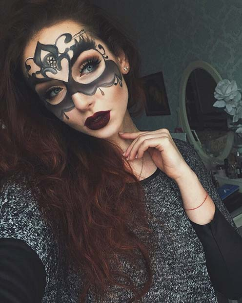 Masquerade Makeup Idea for Halloween