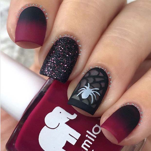 Pretty Ombre Spider Nails for Halloween