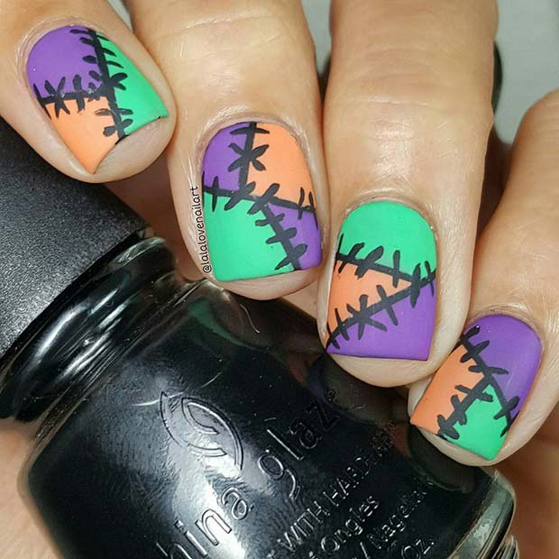 Patch Halloween Nails