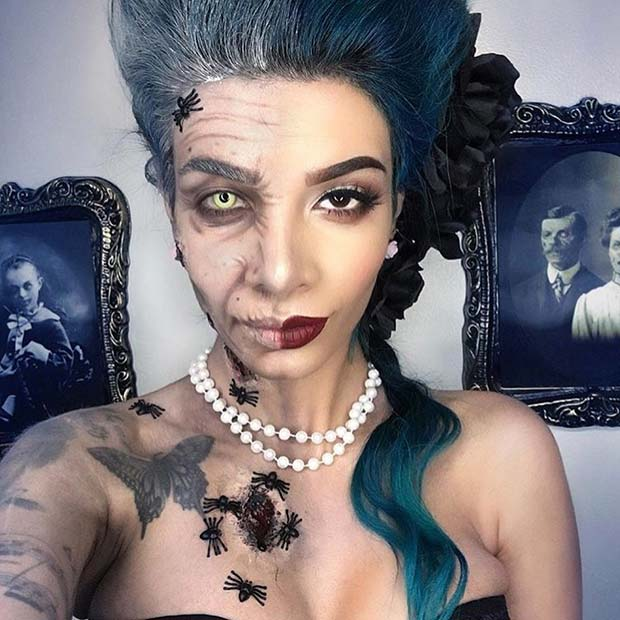 Two Face Halloween Makeup Idea