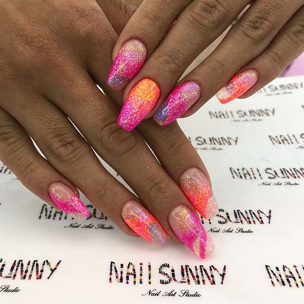 Summery Pink Nailswith Glitter