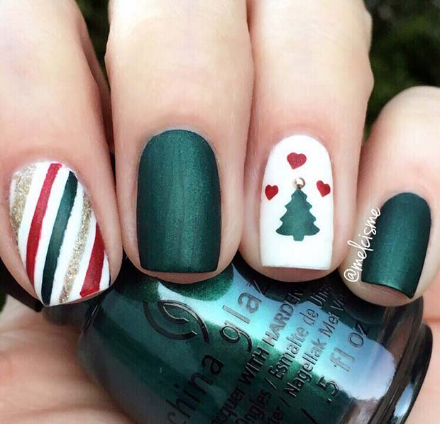 Cute Christmas Tree Nail Art Idea