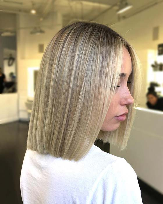 Straight Blonde Bob Haircut Idea