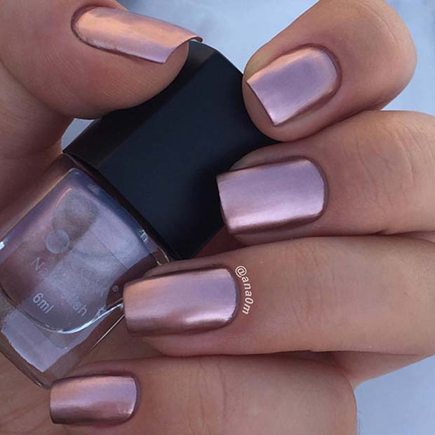 Simple, Metallic Rose Gold Nails