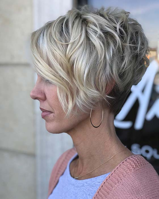 Trendy Short Blonde Hair Idea