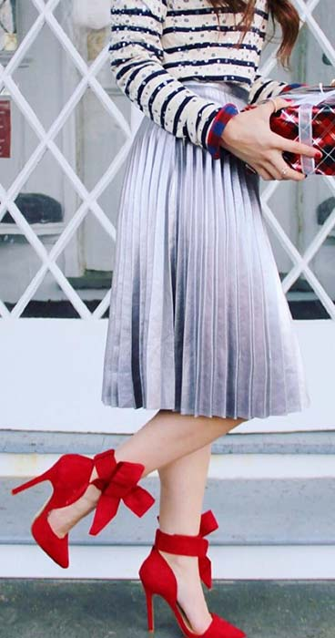 Pretty Midi Pleated Skirt Outfit Idea