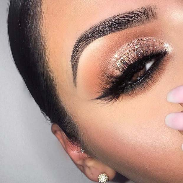Glam, Glittery Eyes for Prom
