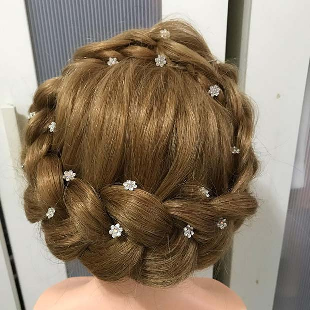 Pretty Floral Halo Braid Idea