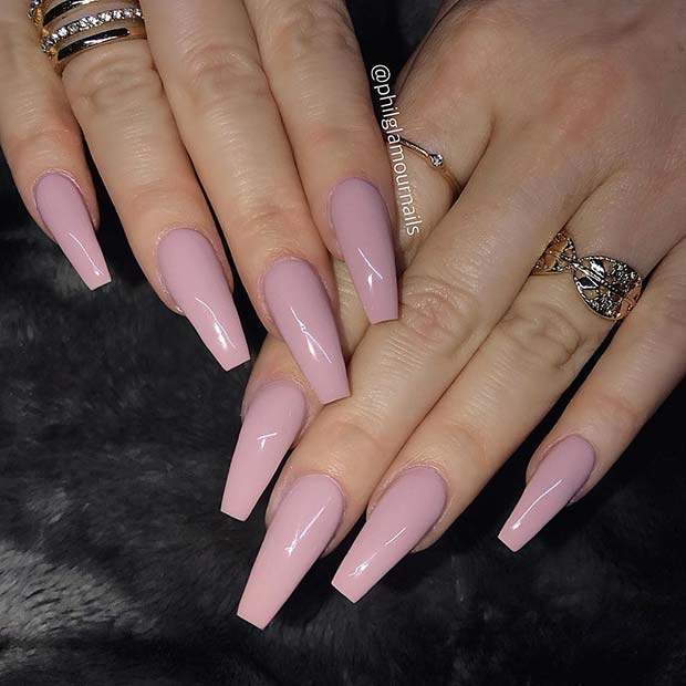 Simple and Chic Nude Coffin Nails