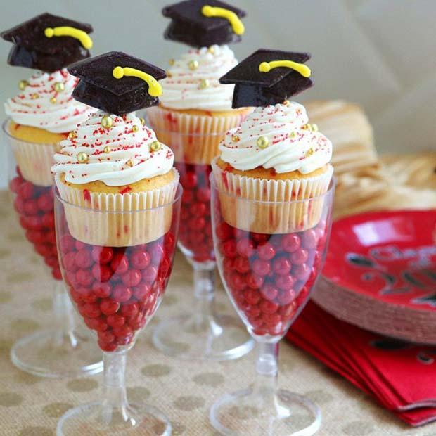 Creative Graduation Party Desserts