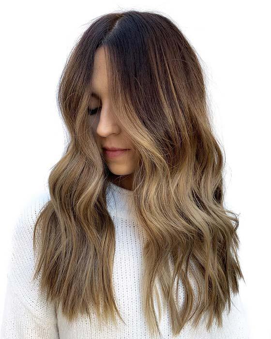 Elegant Blonde Waves